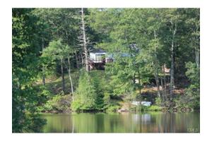 9 Jeffrey St, Danbury, CT 06810