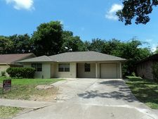 7418 Dunlap St, Houston, TX 77074