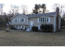30 Overlook Dr, Westborough, MA 01581