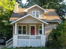827 Gardenia Ave, Royal Oak, MI 48067