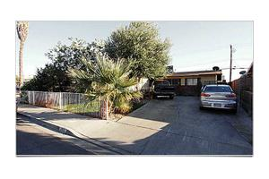 2825 Kings Way, Las Vegas, NV 89102