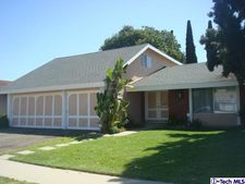 3313 S Timber St, Santa Ana, CA 92707