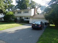 27 Sequoia Pl, Wayne, NJ 07470