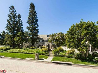 8 Beverly Park, Beverly Hills, CA
