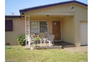 1119 S E St, Lake Worth, FL 33460