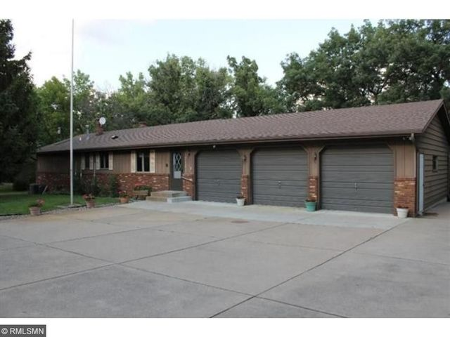 1350 lincolntown ave mahtomedi mn 55115 home for sale