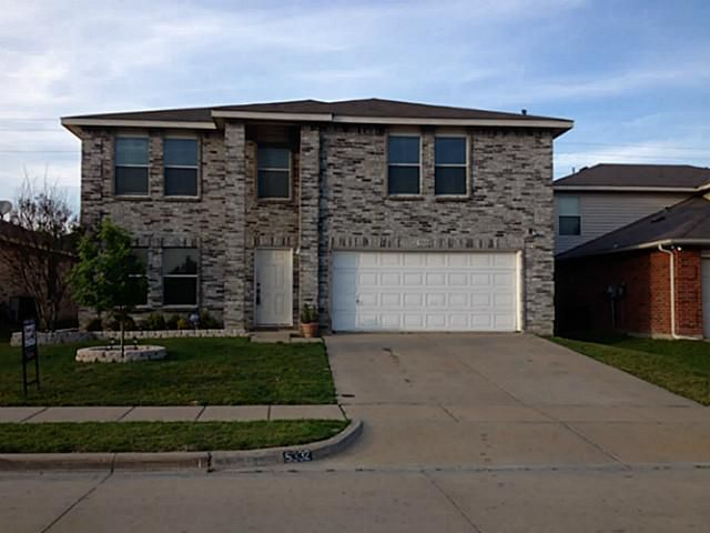 5332 New Castleton Ln Fort Worth, TX 76135