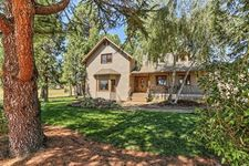 195 Country Ln, Gold Hill, OR 97525