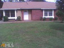 205 Chase Woods Cir, Jonesboro, GA 30236