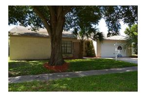 10804 Wingate Dr, Tampa, FL 33624