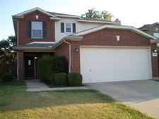 1700 Timber Glen Dr, Bedford, TX 76022