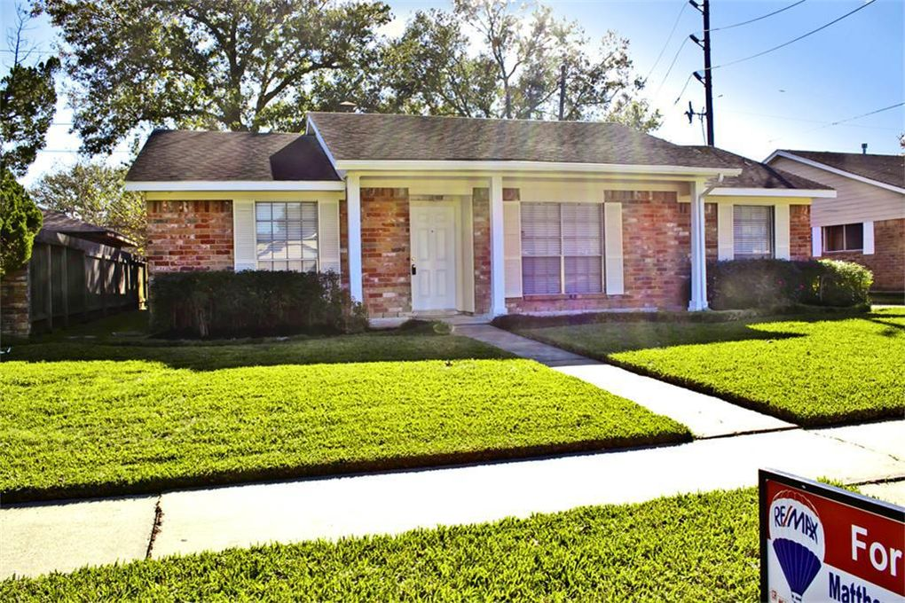 16523 Cairnway Dr Houston, TX 77084