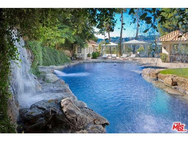 9694 Oak Pass Rd, Beverly Hills, CA 90210 Main Gallery Photo#1