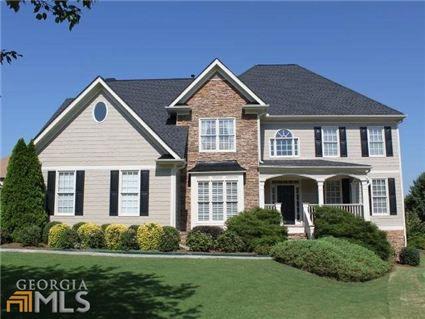 1142 White Cloud Rdg, Snellville, GA
