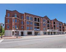 36 S Cass Ave Unit 2F, Westmont, IL 60559