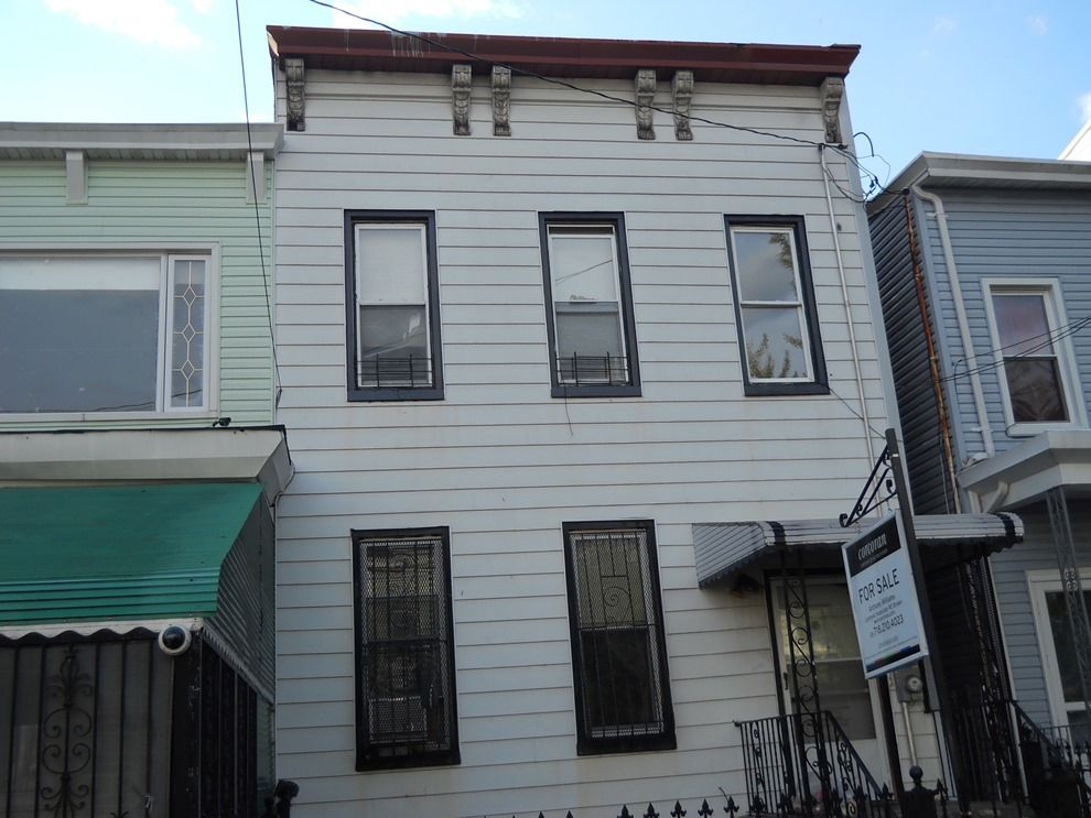 100 essex street brooklyn ny