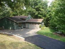 2329 Kennedy Dr, East Moline, IL 61244