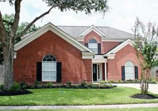 4004 Greenwood Dr, Pearland, TX 77584