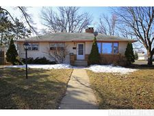 204 Macarthur St E, South St. Paul, MN 55075