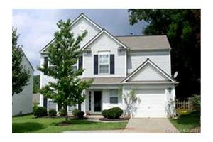7341 Wingstone Ln, Charlotte, NC 28262