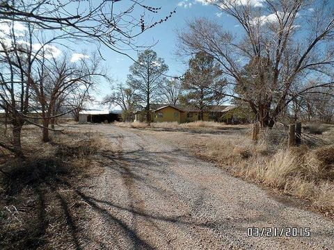 26 Stanley Card Rd, Milan, NM 87021