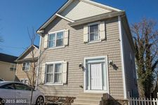 1216 Riverside Dr, Stoney Beach, MD 21226