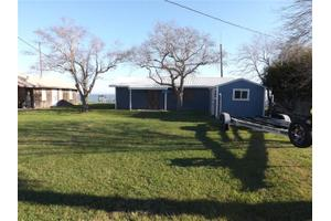 735 County Road 307 N, Port Lavaca, TX 77979