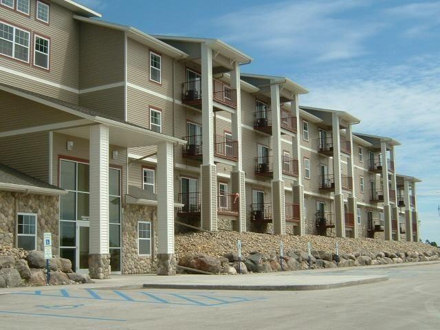 4600 s washington st apt 215 grand forks nd 58201 for Home builders grand forks nd