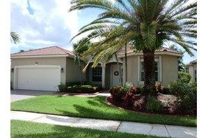 9546 Lantern Bay Cir, West Palm Beach, FL 33411