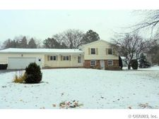 1 Crestview Dr, Pittsford, NY 14534