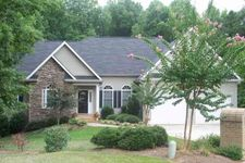 319 Chetsworth Ln, Greenville, SC 29607