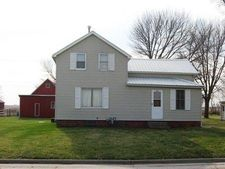 804 Blue Earth St, Ackley, IA 50601