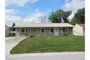 939 38th Ave, East Moline, IL 61244