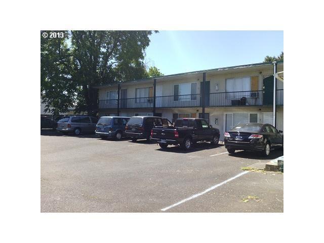 8104 Se Raymond St, Portland, OR 97206