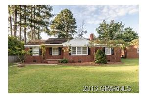 2311 Deal Pl, Greenville, NC 27858