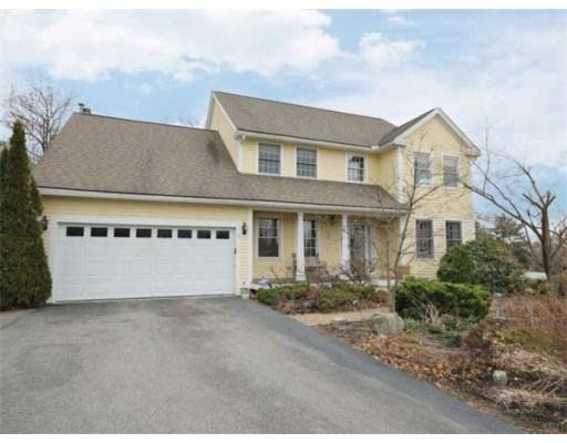 7 Captain Handley Rd, Acton, MA 01720