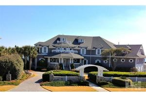 7 Surf Ct, Wilmington, NC 28411