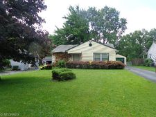 3431 Kirk Rd, Youngstown, OH 44511