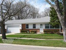 1923 Big Oak Ln, Northbrook, IL 60062