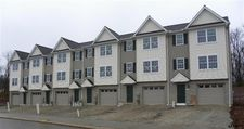 800 Kentwell Dr, York, PA 17406