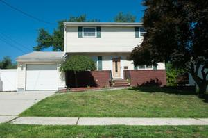 13 Andrew St, Old Bridge Twp., NJ 08857