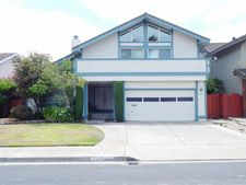 820 Regulus St, Foster City, CA 94404