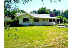 550 S Summit View Dr, Fort Collins, CO 80524