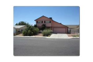 4515 Newton Dr, Las Vegas, NV 89121