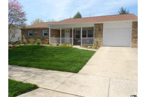 605 Cocklin St, Mechanicsburg, PA 17055