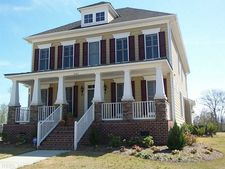 2104 Governors Pointe Dr, Suffolk, VA 23436