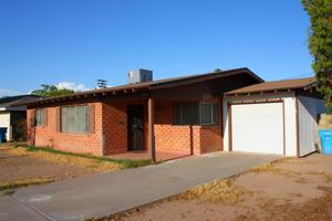 2913 N 21st Dr, Phoenix, AZ 85015