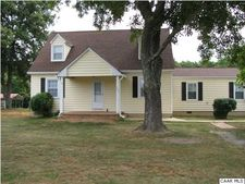 198 The Cross Rd, Scottsville, VA 24590