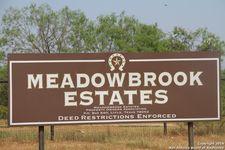 140 Borderbrook Dr, Lytle, TX 78052