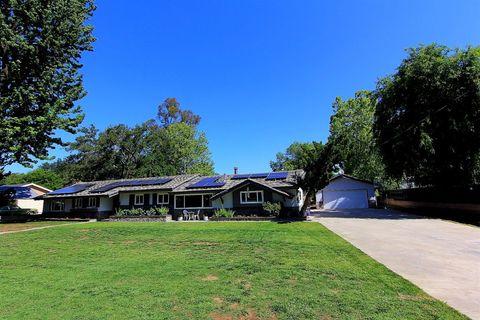 2756 Surrey Ln, Escondido, CA 92029